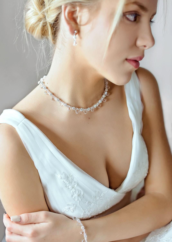 Gouttes bridal necklace