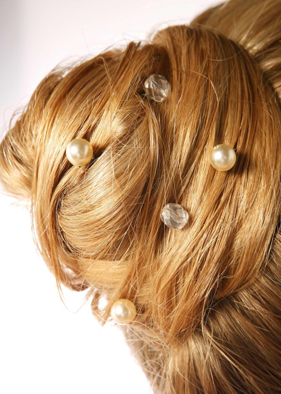 Bridal hair pins Cascade cream