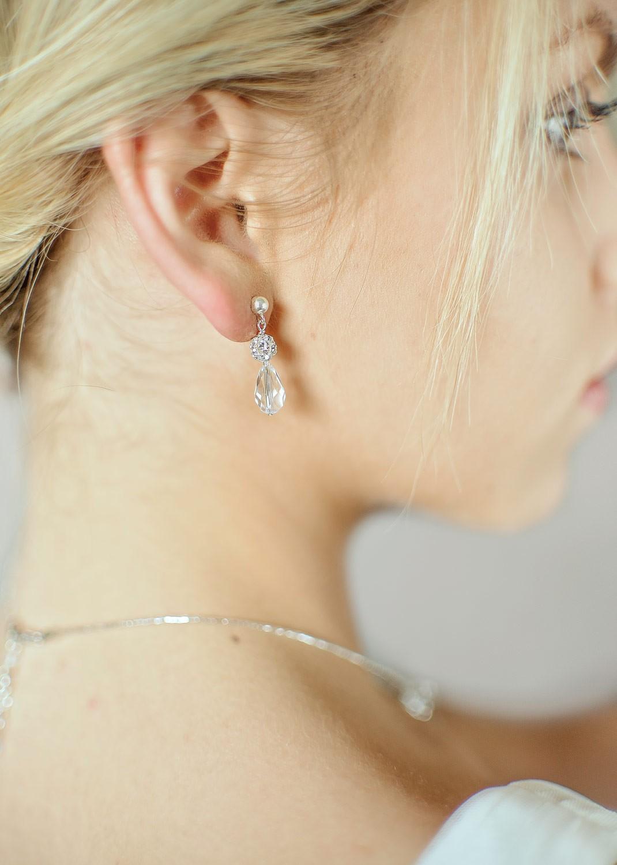 Sparkle bridal earrings