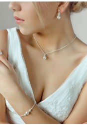 Bliss bridal necklace
