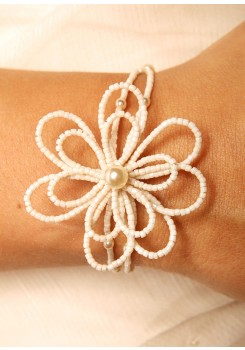 Bridal bracelet Camélia